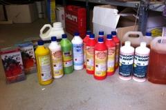 Savak és tisztítószerek